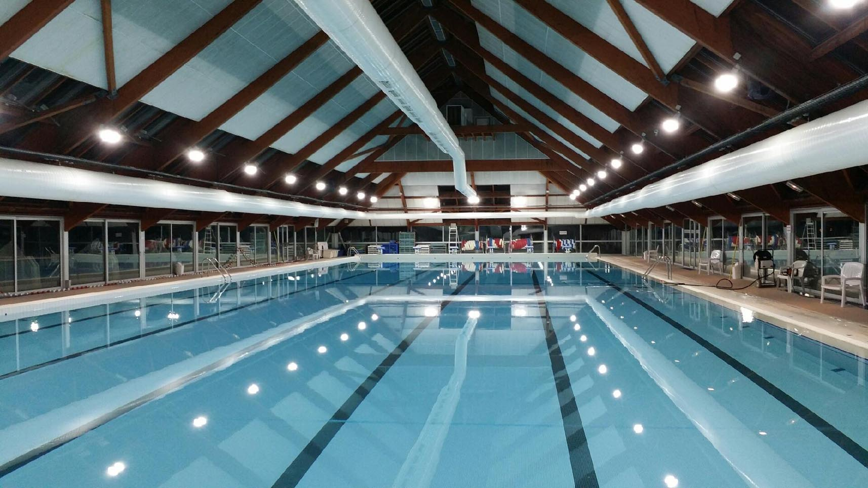 Piscine du chesnay 78 yvelines nlx for Piscine yvelines