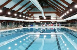 éclairage LED piscine municipale du Chesnay