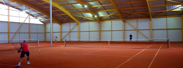 1ers courts couverts équipés LED en Île-de-France - Tennis Club de Gennevilliers